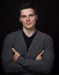 Максим Волохов